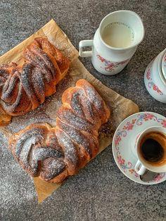"""Škoricové """"osie hniezda"""" - Nelkafood s láskou ku kvásku French Toast, Good Food, Pork, Breakfast, Fit, Basket, Kale Stir Fry, Morning Coffee, Pigs"""
