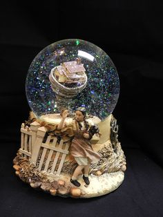 The Wizard of Oz • belaquadros: Wizard of Oz twister snow globe ...