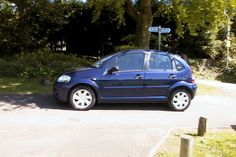 USED CITROEN C3 DIESEL HATCHBACK (2002-2009) #usedcars Finished in met. blue with dark grey cloth interior. A terrific 5 door small diesel hatchback - comfortable and surprisingly roomy for a car of it's size. The car has plenty of features including remote c/locking, PAS, CD radio, airbags, ABS, alloys and electric windows - all this coupled with superb economy and low rate RFL.