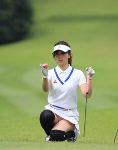 Girls Golf, Ladies Golf, Bikini Outfits, Sexy Outfits, Sexy Golf, Tennis Players Female, Bachelorette Party Shirts, Golf Player, Child Actresses