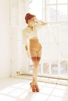 Test shooting. Vintage style. Model: Nastysha, @ Avant. Stylist: Pasha Pavlov. Make-up: Alyona Moiseeva.