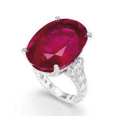 Rubino di Cartier vintage, anelli, monili, gemma, pietra, Sotheby 's, asta, Barbara Hutton, la giada