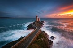 A picture of a #lighthouse taken during a beautiful #sunset in Brittany, #France. http://dennisharper.lnf.com/