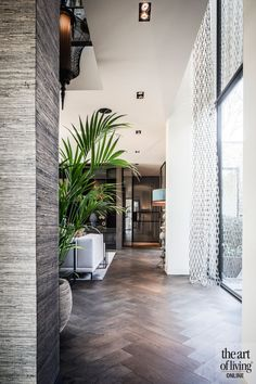 Lakeside villa - Lees meer over dit project Contemporary Interior Design, Home Interior Design, Interior Styling, Corridor Design, Villa Design, Living Room Inspiration, Beautiful Interiors, My Dream Home, Living Room Designs