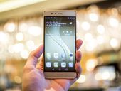 Huawei wants to change your mind about its smartphones and it's working     - CNET  Based in Chinas electronic hub of Shenzhen Huawei has long aimed to be a global brand and over the last few years has worked hard to shake off first impressions from its early budget phones.  The company started off as a telecoms equipment provider as well as a maker of Wi-Fi dongles before entering the phone market with cheap handsets. But the last few years have seen Huawei impress with premium flagship…