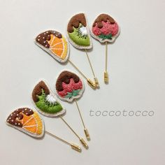 【Order】 Hat Pin of Hand Embroidery Choco Fondue Hand Embroidery Videos, Hand Embroidery Patterns, Embroidery Designs, Embroidery Jewelry, Beaded Embroidery, Cross Stitch Embroidery, Brooches Handmade, Handmade Flowers, Contemporary Embroidery