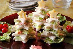 Questi alberelli di pancarrè formeranno un bel boschetto goloso tra gli antipasti natalizi delle prossime feste. Segnatevi la ricetta e portateli in tavola.