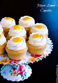 Meyer Lemon Cupcakes - incredible lemon #cupcakes filled with meyer lemon curd, and topped with luscious mascarpone frosting! | ButtercreamBlondie.com