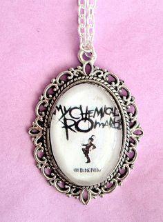 MCR necklace. I love this :p
