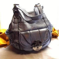 Found this bag in gold, vintage Kathy Van Zeeland
