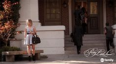 "S6 Ep3 ""Songs of Experience"" - Waiting for your friends at school... But they don't show. #PLL #SummerOfAnswers"