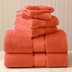 Better Home and Gardens -- Thick and Plush Bath Towel Set