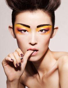 Eccentric yellow eye makeup on model Jing Ma. - Fashion For Women İdeas Makeup Tips, Beauty Makeup, Hair Makeup, Hair Beauty, Runway Makeup, Beauty Shoot, Makeup Trends, Makeup Ideas, Monolid Makeup
