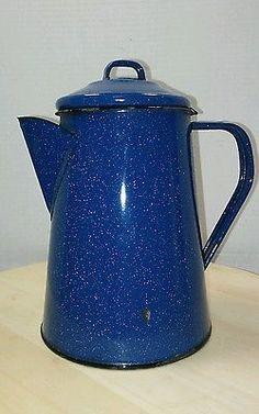 Vintage-Porcelana-Esmaltadas-Metal-Pan-Pote-Copo-Cafe-9-Pecas-Panelas-Camping-Azul