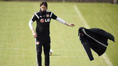 + Fußball, Transfers, Gerüchte +: Medien: Ancelotti will Benatia loswerden