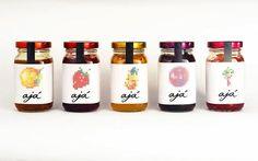 Monograma - Ajá — World Packaging Design Society / 世界包裝設計社會 / Sociedad Mundial de Diseño de Empaques Jam Packaging, Packaging World, Clever Packaging, Brand Packaging, Packaging Ideas, Honey Bottles, Bottles And Jars, Yogurt, Kids Cereal