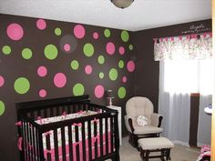 Pink and Green and Brown. Love the wall