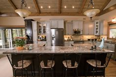 Beautiful Discovery Dream Homes Timber Frame Kitchen in our Fairhaven Home #Kitchen #Fairhaven #TimberFrame #Custom #DiscoveryDreamHomes
