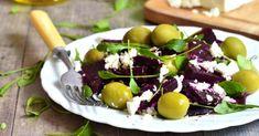 Recette de Salade de betteraves au fromage de chèvre et aux olives . Facile et rapide à réaliser, goûteuse et diététique.
