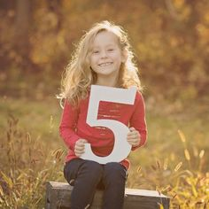 Wooden 5 sign photo prop for your child's birthday photos! Document your child's growth with these fun age number sign photo props! Take half birthday photos, first birthday photos, second birthda 4th Birthday Pictures, Second Birthday Photos, 5th Birthday, Daughter Birthday, Kids Birthday Photography, Children Photography, Kids Photo Props, Photo Ideas, Christmas Card Pictures