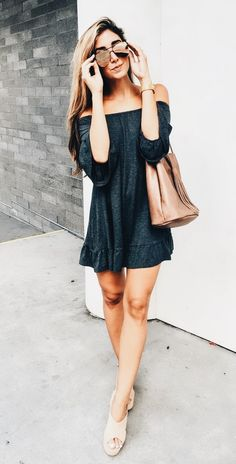fashion inspiration, basics, neutral color palette, simple, simplistic, modern, girly, classy, classic, chic, everyday, casual, dressy, day to night, modern, contemporary, wardrobe, fresh, fun, comfy, cozy, going out, date night, makeup, hair, easy,