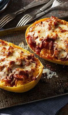 Diet - This low-carb riff on classic lasagna layers mushrooms and tomato sauce with spa. Spaghetti Squash Noodles, Spaghetti Squash Recipes, Medditeranean Diet, Diet And Nutrition, Keto Recipes, Snack Recipes, Snacks, Tomato Sauce, Stuffed Mushrooms