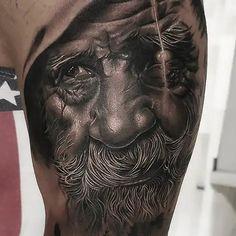 Los Mejores Tatuajes Realistas de Barcelona - Steel of Doom New Tattoos, Barcelona, Portrait, Best Tattoos, Headshot Photography, Barcelona Spain, Portrait Paintings, Drawings, Portraits