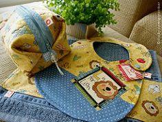 { Kit Baby Leozinho } (Gizoca) Tags: baby bag lion fabric beb toalha leo bibs tecido necessaire babador pouche babeiro kitbaby gizoca