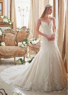 Delicate Tulle Spaghetti Straps Neckline A-line Wedding Dresses With Sequin Lace Appliques