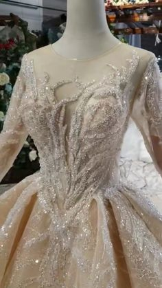 All the wedding dress can be customized by your size. it's a good idea to have the 2019 wedding trends in the back of your mind when planning your weddings. Informations About Ostty Wedding Dress Cust Cheap Bridal Dresses, Muslim Wedding Dresses, Wedding Party Dresses, Bridal Gowns, Outfits Mujer, Dress Outfits, Fashion Dresses, Most Beautiful Dresses, Stunning Wedding Dresses