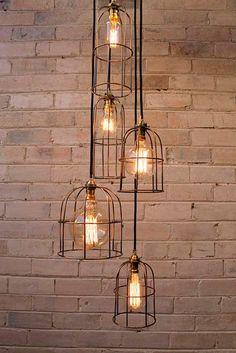 Lámparas con jaulas decorativas