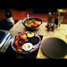 Caviar platter and jumbo local scallops from @freshdirect #sundaydinners