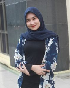 Islamic Girl, Beautiful Hijab, Hijab Fashion, Playboy, Photo And Video, Beauty, Instagram, Allah, Women