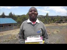Učebnice darované cez ČloveČiny  Vďaka Vami darovaným ČloveČinám odovzdali terénni pracovníci o. z. Človek v ohrození školské potreby žiakom a žiačkam v Keni. Na videu Vám za darované učebnice ďakuje Merilyn Chepchumba zo strednej školy Sachangwan. Podporte vzdelávanie talentovaných detí z chudobných pomerov prostredníctvom charitatívneho e-shopu ČloveČiny.