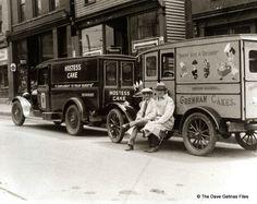 Hostess & Grennan Cake Trucks 1930s