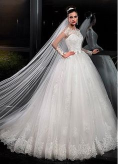 Buy discount Glamorous Tulle Off-the-shoulder Neckline Ball Gown Wedding Dresses With Lace Appliques at Dressilyme.com