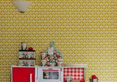 Papier peint Isak - Lovebird moutarde - Isak, Mes Habits Chéris - kidstore Récréatif - Décoration enfant