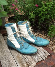 Turquoise Blue and white Justin Western Boots by RubesRelics