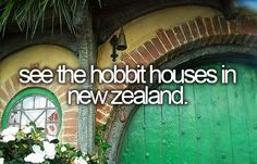 see the hobbit houses in new zealand