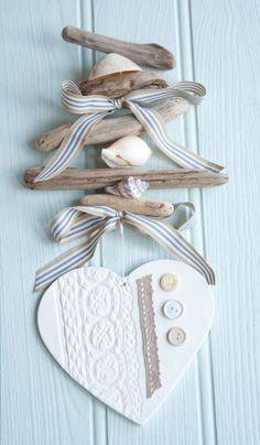 Coastal driftwood hanging heart garland