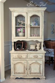 Possable hutch color for kitchen.......French country cottage decor ~ Modern Home Ideas