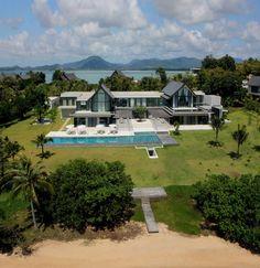 Let me live in Phuket. Villa Verai- Stunning Beachfront Property in Phuket Villas, Villa Architecture, Beautiful Architecture, Villa Phuket, Magazine Deco, Beachfront Property, Koh Chang, Beach Villa, Deco Design
