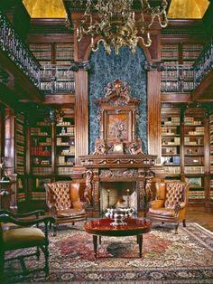 Homes & Mansions: 900 W Conway Dr in Atlanta, GA 30327