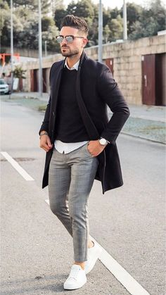 men's street style outfits for cool guys Suit Fashion, Work Fashion, Mens Fashion, Fashion Outfits, Fashion Guide, Daily Fashion, Fashion Styles, Street Fashion, Men Street