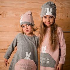 Suknie i sukienki dla dziewczynek na DeFashion.pl | #defashionpolska #fashion #kids #dresses #sukienki #dzieci #suknia Fashion Kids, Hats, Hat, Hipster Hat