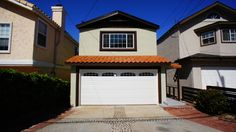 1522 Stanford Avenue, Redondo   Beach - Desirable Tall Skinny in Golden Hills Area