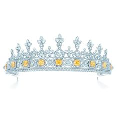 Tiffany tiara of white diamonds incorporates a detachable bracelet of Tiffany Yellow Diamonds and white diamonds in platinum and 18 karat gold, from the 2013 Blue Book Collection.