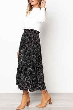 Love Forever Pleated Pocketed Midi Skirt - UnikWe Boutique Source by outfits skirts Long Skirt Outfits, Midi Skirt Outfit, Dress Skirt, Midi Skirts, Black Pleated Skirt Outfit, Fashion Models, Work Fashion, Modest Fashion, Mode Outfits