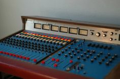 Rare Quad Eight Langevin AM-1648 16 Channel Recording Console Electrodyne Neve I love the mic pre's on this one...