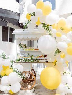 Yellow Birthday Parties, First Birthday Parties, First Birthdays, Card Birthday, Birthday Greetings, Birthday Ideas, Happy Birthday, Sunshine First Birthday, First Birthday Balloons